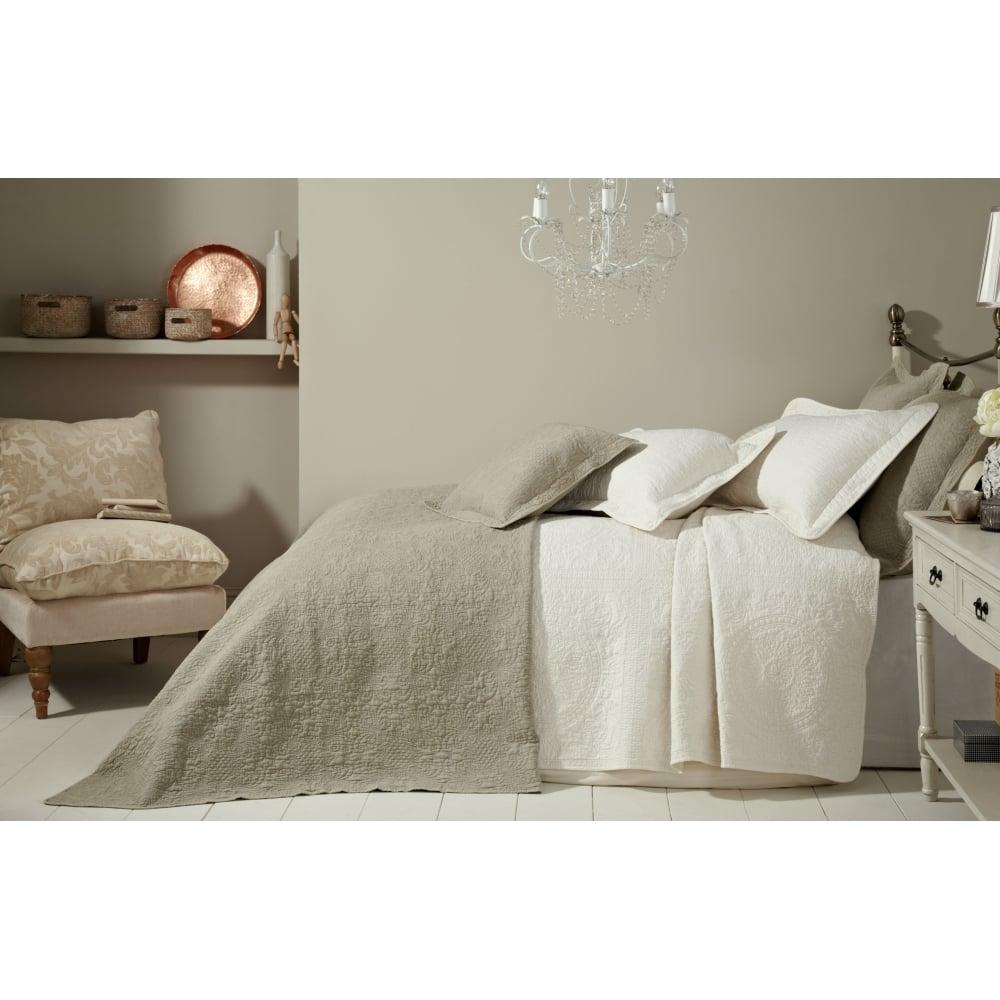 Colette Cream Bedspread