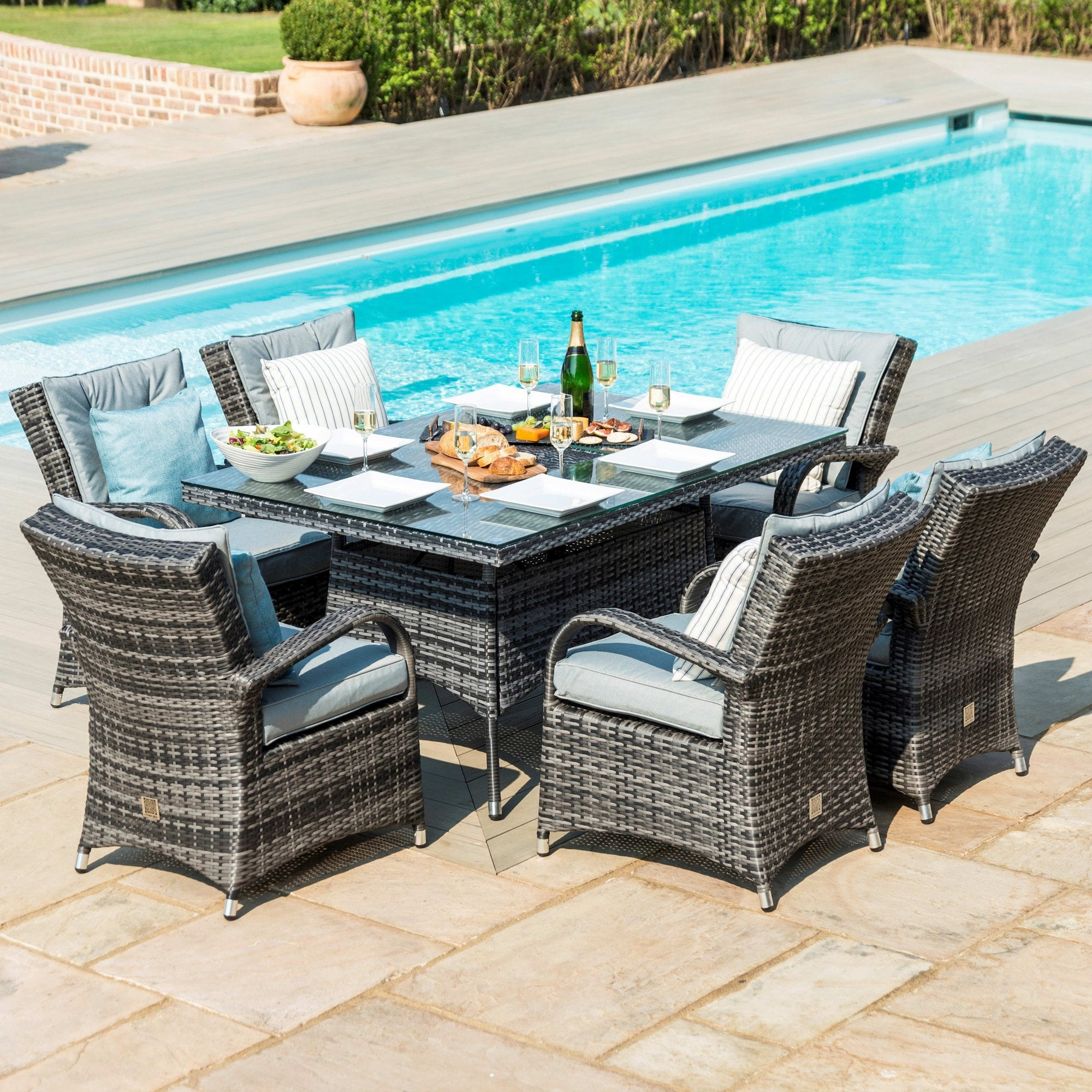 Texas 6 Seat Rectangular Dining Set With Ice Bucket Dining Table Outdoor Living From Breeze Furniture Uk